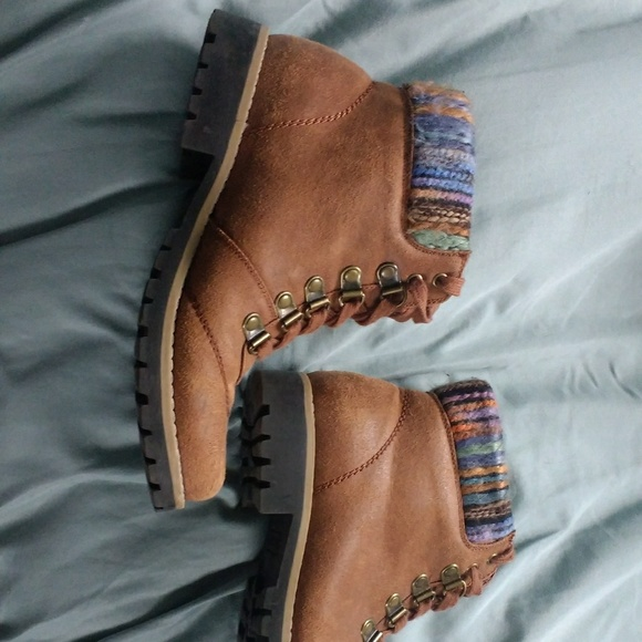 c4f7bc13944 Brown Kmart boots